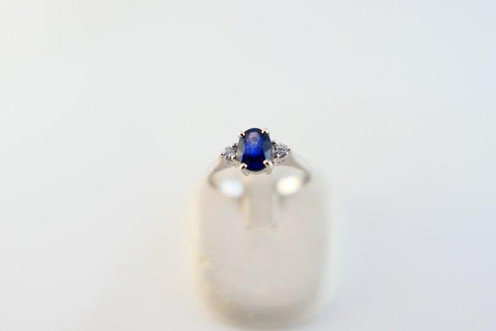 [吉宏精品交流中心]75分 天然藍寶石 天然鑽石 白K金 造型 戒指