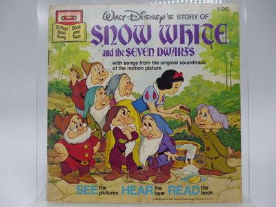 【月界2】Snow White and the Seven Dwarfs(絕版)_白雪公主與七個小矮人〖兒童文學〗AEE