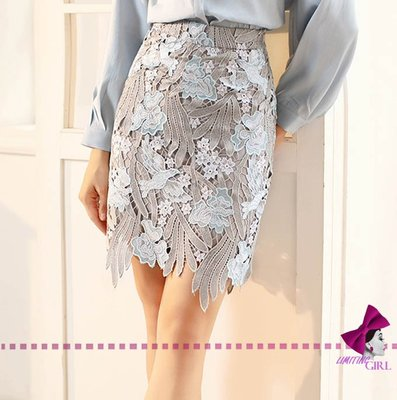 limiting_girl 預購 2019【歐洲時裝指標】1005 銀華滿天 白光雙飛 水溶 重工蕾絲剪裁包臀中裙