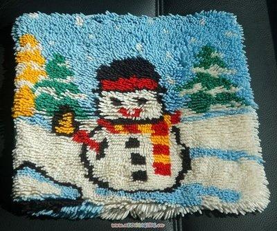 二手手織抱枕套(雪人, 狗), 每個 598元。