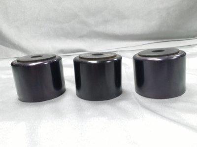 陶瓷腳墊 *3  音響設備 高*3cm 寬*5cm 新店音響