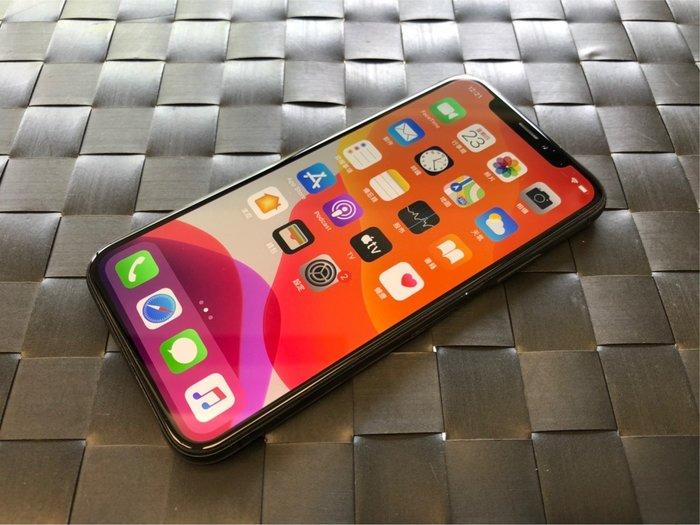 奇機通訊 (巨蛋店)售二手 9成新 IPHONE X  64G  灰色  功能正常 機況良好雙鏡頭 臉部辨識