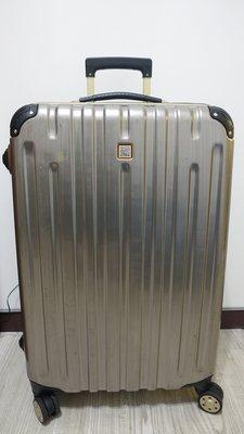 台中 行李箱出租 戰車行李箱   27吋行李箱   29吋行李箱