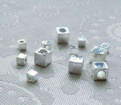 嗨,寶貝銀飾珠寶* 925純銀飾 DIY串珠配件☆尼泊爾手工素銀 方珠純銀配件 手鍊配件(小)☆串珠 配件