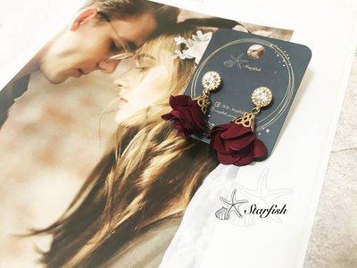 【海星 Starfish】韓風名媛款 金緻鑲鑽浪漫花朵耳環 (酒紅)