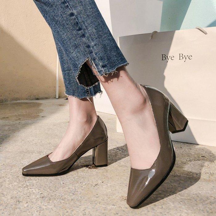 2019新款方頭粗跟純色歐美高跟鞋粗跟漆皮工作鞋32 A012