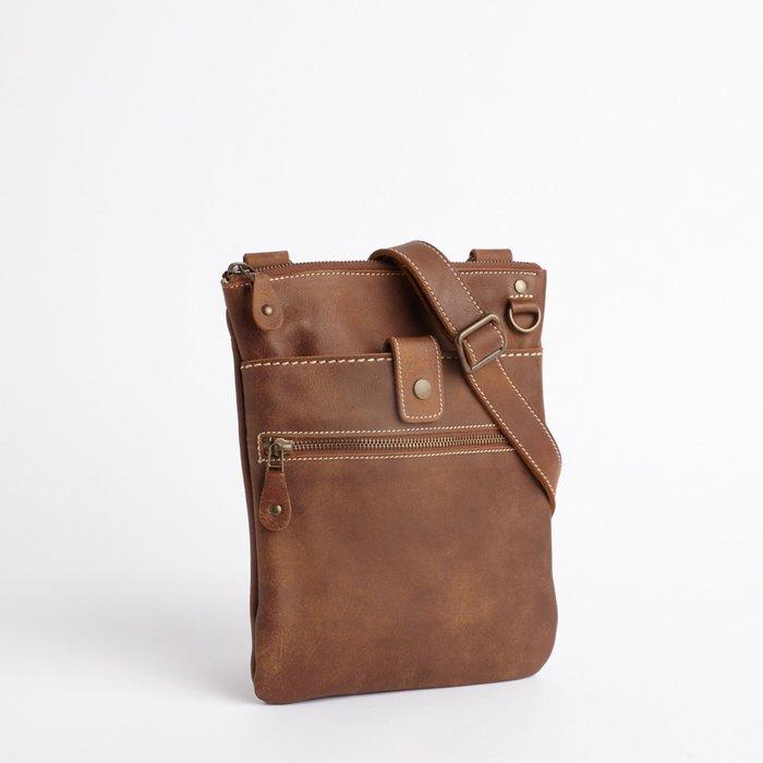 ~☆.•°莎莎~*~~☆~加拿大 ROOTS SMALL VENETIAN TRIBE 真皮側背包