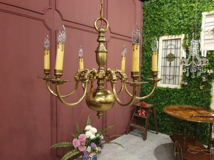 【卡卡頌  歐洲古董】法國老件~ 高品質 純銅  立體雕刻   美麗  枝狀吊燈  六燈 (全店燈即買即用,可用LED)