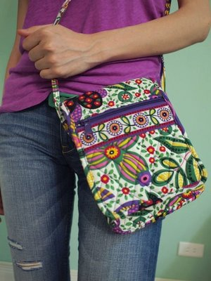 MISHIANA 女生款復古民族風側背小包.搭配容易 ( 新款上市 . 特價出售 )