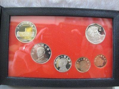 二手舖~NO.17新台幣硬幣精鑄版八十六年版 86年牛年生肖套幣