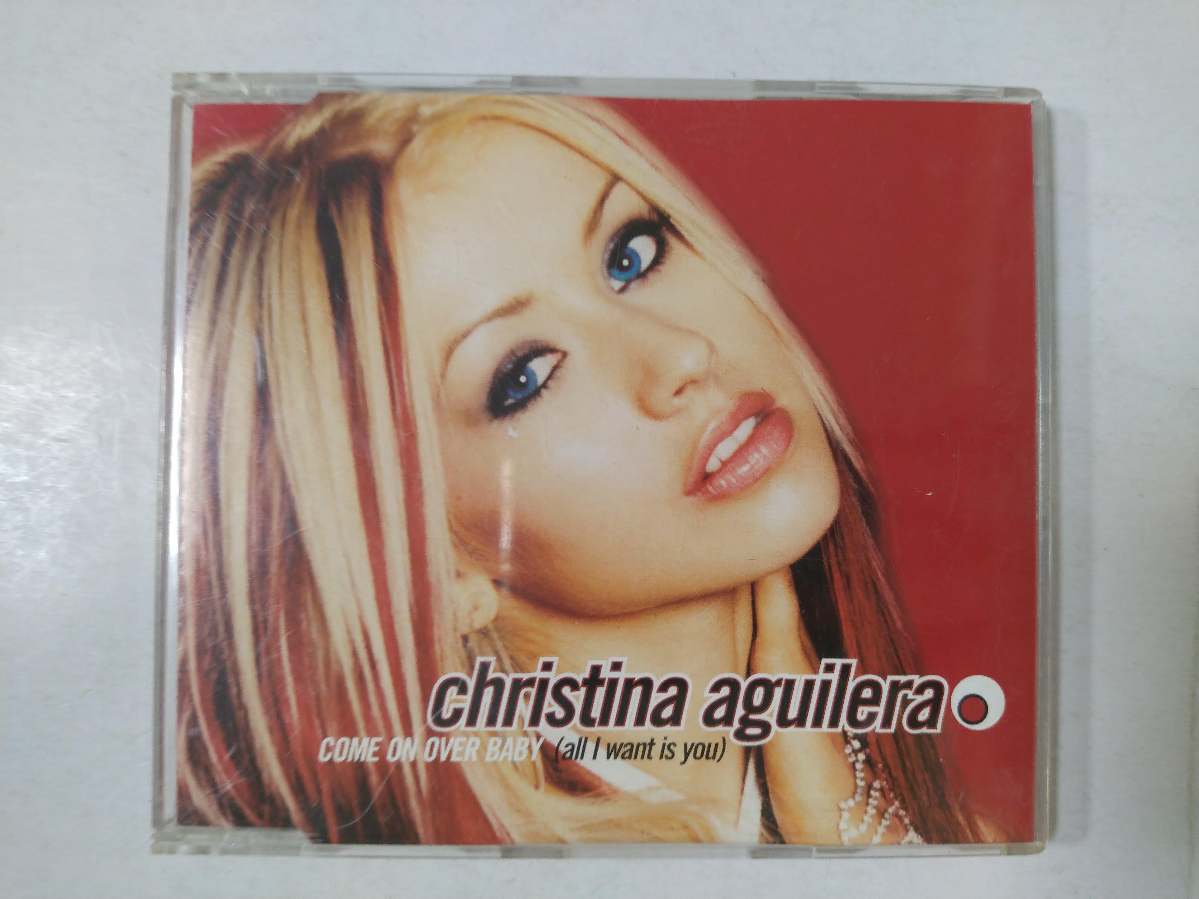 昀嫣音樂(CD39)  christina aguilera COME ON OVER BABY 磨損有細紋 片況如圖