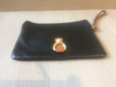 """絕對100%正貨 100%全新【GAP】黑色 皮包 袋 銀包 black leather wallet 8"""" x 6"""" 原價 $190"""