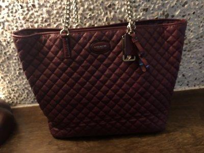 Coach紫紅菱格手提袋