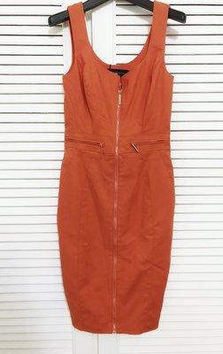 Elisabetta Franchi 橘色背心式修身洋裝👗
