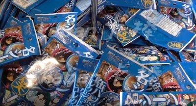 現貨~日本 環球影城 進擊的巨人 隨機 徽章共11款 不挑款 期間限定 里維 米卡莎 Kaban卡棒代購達人