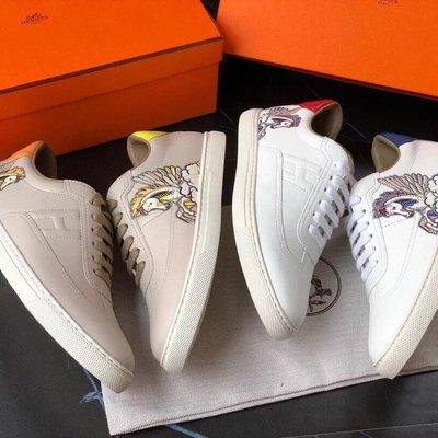 【BLACK A】精品 貴婦H牌Quicker Sneaker 手繪飛馬 米白色/白色平底休閒鞋 超限量