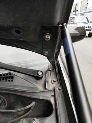[晨達] IMPREZA GC7/GC8 減壓版 專用款引擎蓋撐桿 油壓桿 頂桿