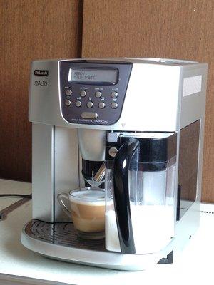 Delonghi ESAM4500 迪朗奇 全自動咖啡機 全自動義式咖啡機 咖啡機 義式咖啡機 二手機 雙功能奶罐