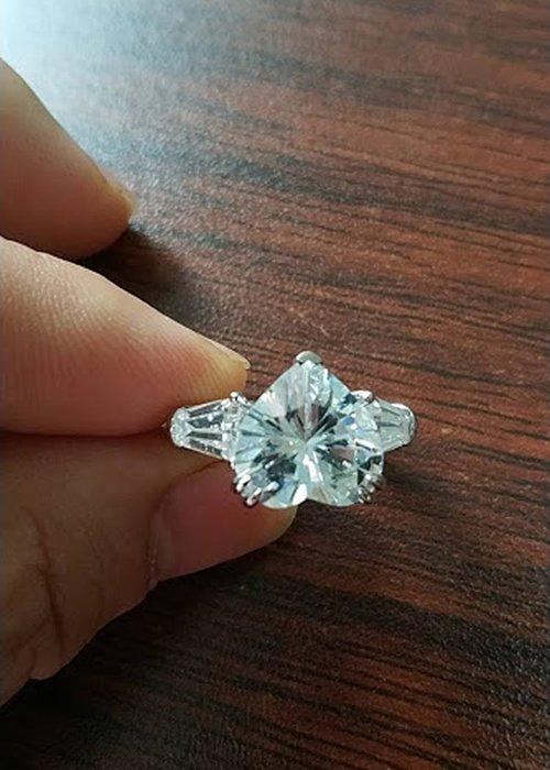 18K白金7克拉心形鑽戒(莫桑石 摩星鑽 鑽石 裸石) GIA驗證 鑽石品質