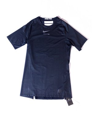 Nike PRO x 1017 ALYX 9SM Short-sleeved sweatshirt.排汗衫 短袖 耐吉