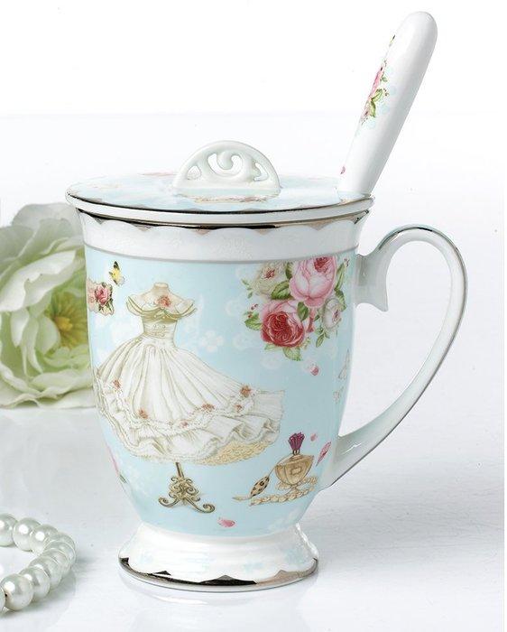 英國風玫瑰花園金箔系列骨瓷馬克杯組附湯匙蓋子(精美彩盒禮盒裝)【 蘇菲亞精品傢飾】