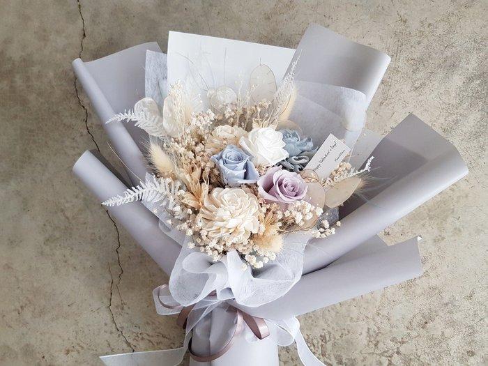 永生花+乾燥花│迷霧藍玫瑰花束│歡迎自取│配送限大台北 | Flower&House花藝之家