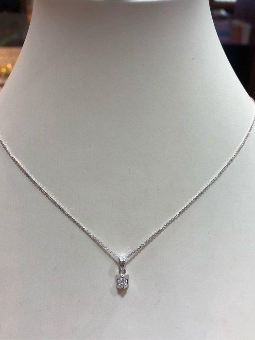 天然14分鑽石項鍊,簡單精緻墜台,新品上市,超值優惠商品9800,只有一個售價不含練,鑽石白火光閃
