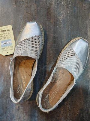 TOMS 女鞋 全新 新北市