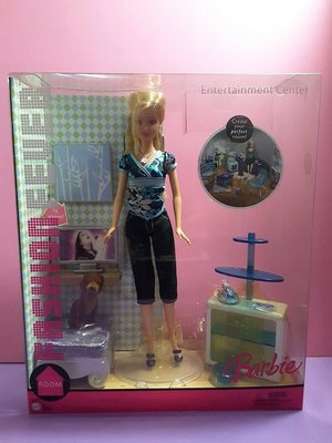 【Mika】芭比娃娃 臥房家具視聽娛樂組 電視沙發寵物小狗 Entertainment Center Barbie*現貨