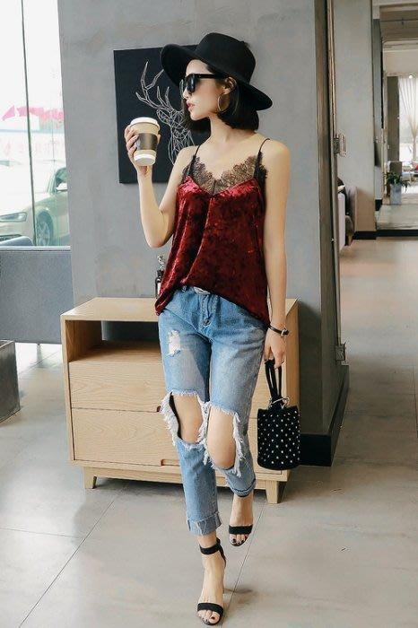 [現貨] 韓國首爾 時尚精品 東大門同步 新款睫毛蕾絲拼接絲絨v領性感吊帶寬鬆百搭外穿背心