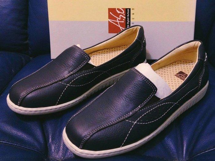 全新【A.S.O 】抗震雙核心 柔軟真皮素面沖孔休閒鞋 藍(SIZE:8.5)