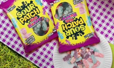 ※澳洲代購-預購※澳洲THE NATURAL SOUR PATCH 莓果軟糖 220g (2021.05) $200/包