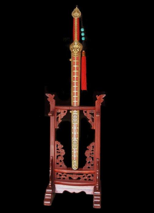 【喬尚拍賣】精品收藏永樂劍 (紅) 雙凹刃折疊鋼 鮫魚皮 附原木刀架