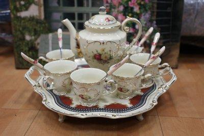 (台中 可愛小舖)法式鄉村風茶杯茶壺杯盤組玫瑰陶瓷彩繪白色陶瓷金色描邊居家擺飾新家入厝餐廳咖啡廳飲料店豪宅別墅