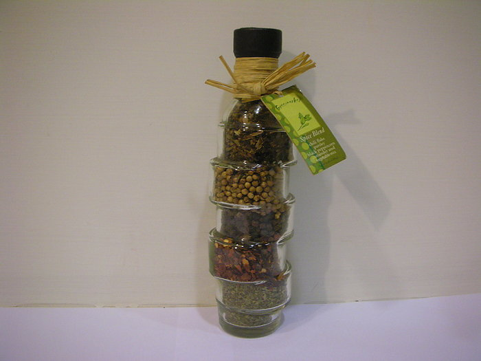 全新綠色市集購回歐洲風精緻手作五種香料層疊造型輕巧玻璃瓶裝 [ 可擺飾用 / 可拆封開瓶實用性香料]  64 g