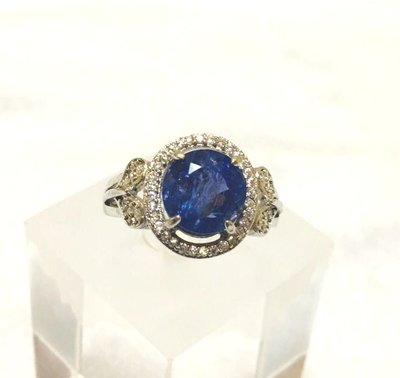 珍奇翡翠珠寶首飾-戒指系列-天然丹泉石2.85克拉鑽石切割。頂級美戒濃郁美色藍紫色。檯面超大。氣質典雅 附925銀活動戒台