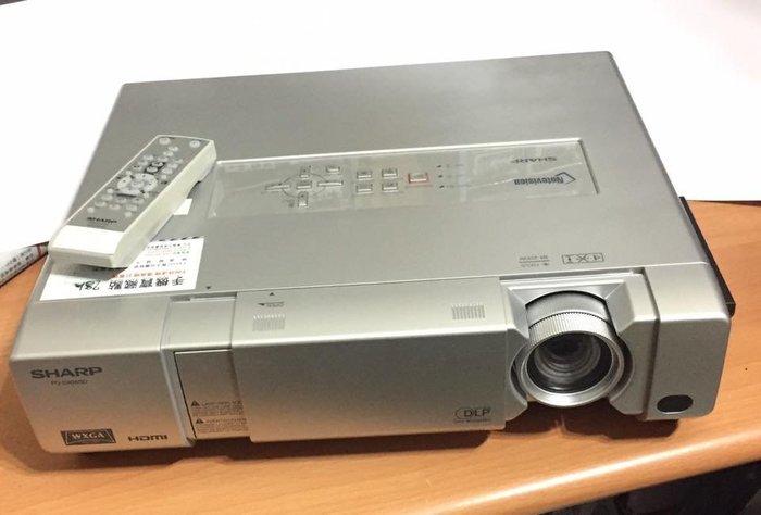 ☆只使用28小時99新☆ SHARP PG–D40W3D 高亮度4000 ANSI 全彩色3D數位投影機 WXGA