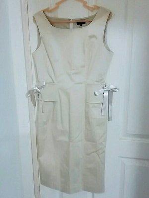 lisvie   ♥日本品牌♥   駝色 封腰 洋裝   優惠價1250元  含運費