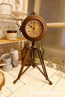 FLOWER&HOUSE。日本帶回。鄉村雜貨風。復古立鐘時鐘。拍照道具。現貨歡迎自取。台北西門站