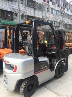 NISSAN 日產 2.5噸 側移 手排 日本外匯 柴油堆高機