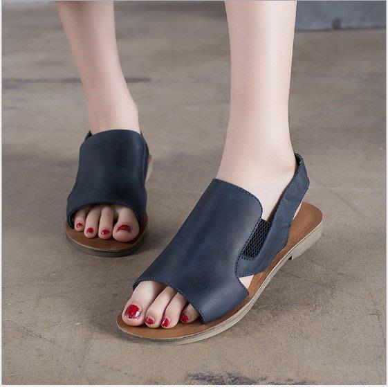 ~皮皮創~原創設計手工女鞋。真皮平底休閒涼鞋頭層牛皮露趾涼鞋