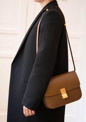 Celine Acorss Body Classic BOX Flap Bag 中型小牛皮肩背包 黑/灰