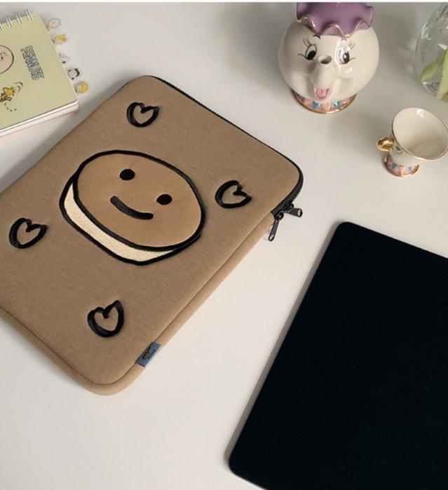洋碼頭 MAZZZZY韓國設計師款ipad pro平板內膽包12.9寸13/15筆記本電腦包 IDEA-174
