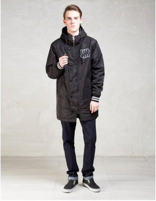 ☆AirRoom☆【現貨】UNDEFEATED SIDELINE PARKA 柵欄 黑 風衣 防風 棒外 515117
