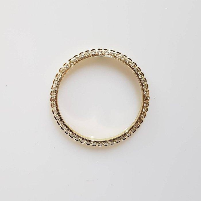 18238 16233 男用精鑲鑽石外圈 18K金鑽石材質 鑽石每顆約2.5分 附店保卡精美盒裝 大眾當舖 編號3699