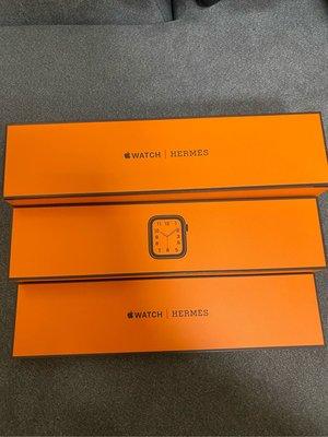 賣極新 Apple Watch Hermès Hermes S6 40MM黑色不鏽鋼錶殼 Double Tour 錶帶 GPS+行動網路~各式二手3C商品抵扣