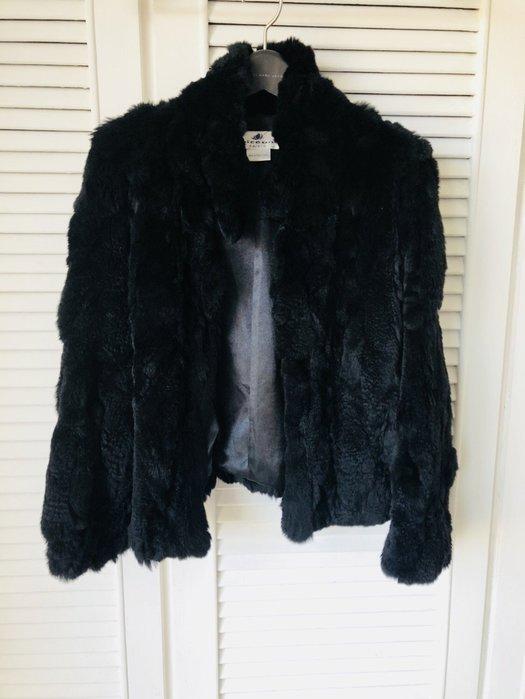Juiceana黑色海貍海狸全皮草短大衣外套