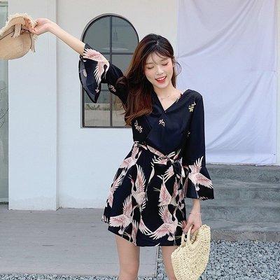 【Sakura】2019胖MM夏裝新款V領仙鶴寬松連體褲胖仙女大碼印花度假風沙灘褲
