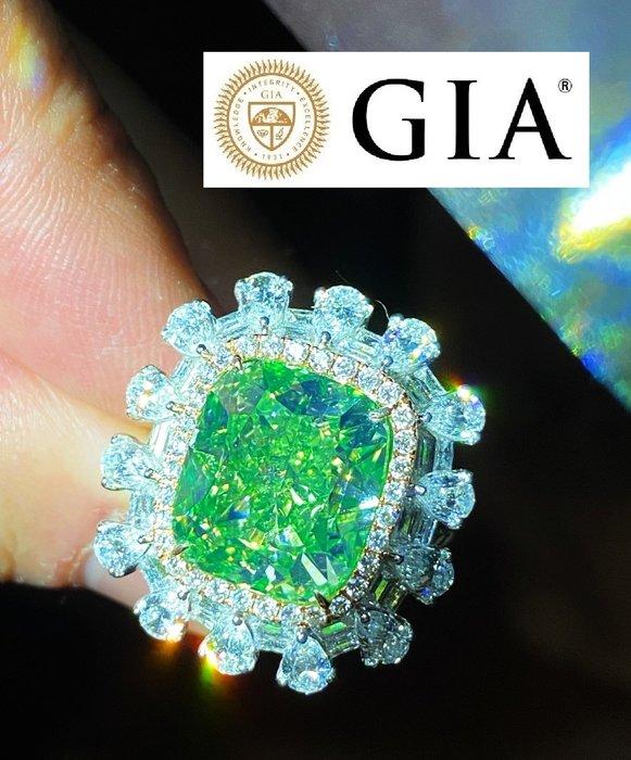 已賣宜蘭帥哥2人組【台北周先生】天然Fancy綠色鑽石 13.34克拉 罕見超大 18K真金真鑽戒 送GIA證書