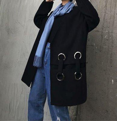 【黑店】原創設計 訂製款歐美簡約風金屬圓環毛呢大衣 暗黑系穿搭個性毛呢大衣 暗釦設計個性穿搭黑色大衣DD121